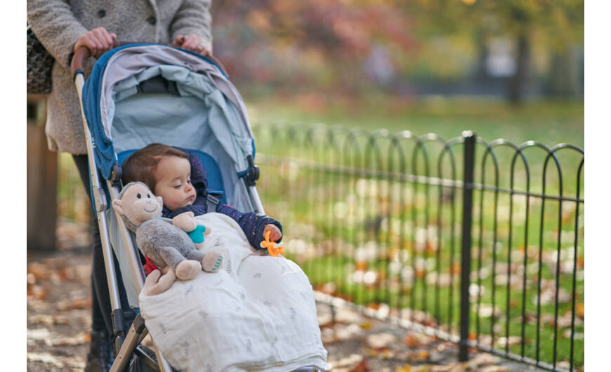 Mi legyen a táskádban? Tippek kisgyerekes szülőknek